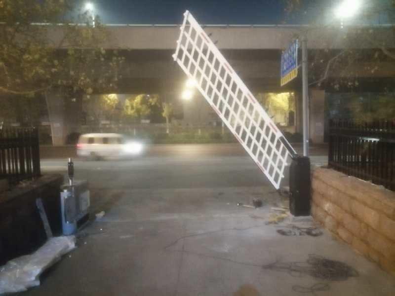 扬州广陵区栅栏道闸
